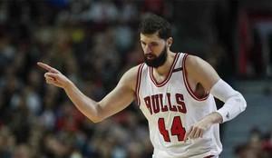 Mirotic consiguió ganar con los Bulls