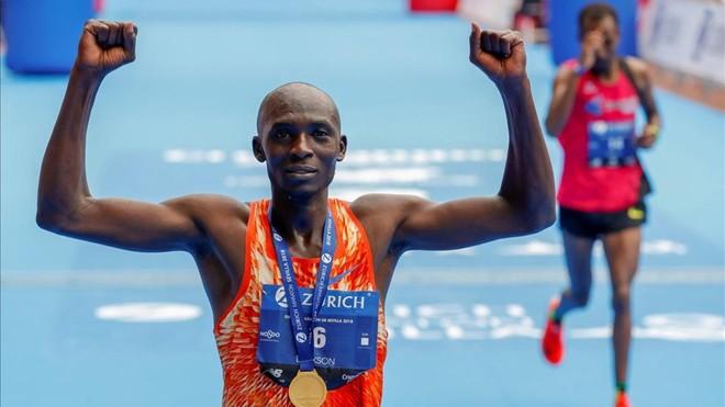 El keniano Dickson y la marroquí Boulaid se imponen en la Maratón de Sevilla