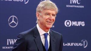 Wenger espera la llamada del Bayern