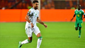 xortunoalgeria s forward riyad mahrez drives the ball dur190719225456