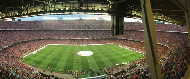 e12522a271268 Final de Copa  El Camp Nou fue rojiblanco por un partido