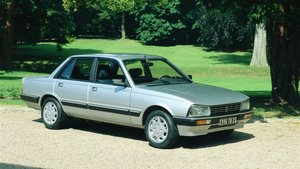 Peugeot 505.