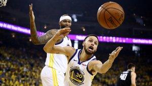 Curry, en un lance del duelo ante los Clippers