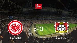 El Eintracht Frankfurt suma tres puntos tras pasar por encima al Bayern Leverkusen (3-0)