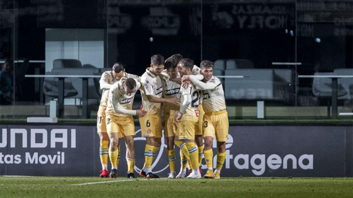 El Espanyol remontó el partido ante el Cartagena gracias a los cambios de Vicente Moreno