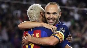 Neymar, otro que se rinde a Iniesta