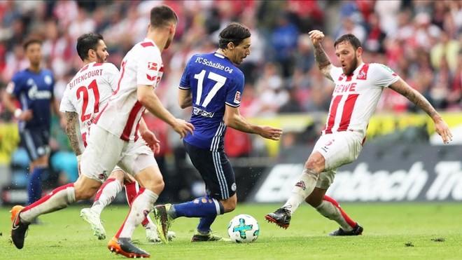 El Schalke se deja dos puntos en Colonia y el Dortmund acecha