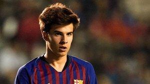 Riqui Puig completó una gran actuación frente al Girona