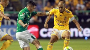 Rubens Sambueza debutó con el León