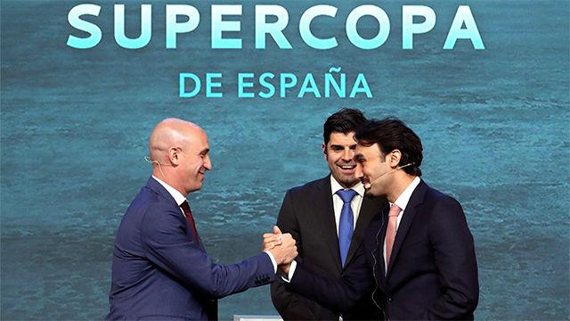 Rubiales: La Supercopa es la única competición que se puede jugar fuera