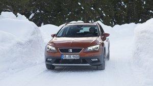 Conducir sobre nieve.