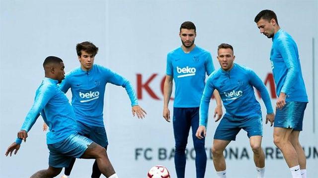 El Barça se ejercitó antes del último partido de Liga