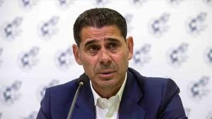 Fernando Hierro es director deportivo de la selección