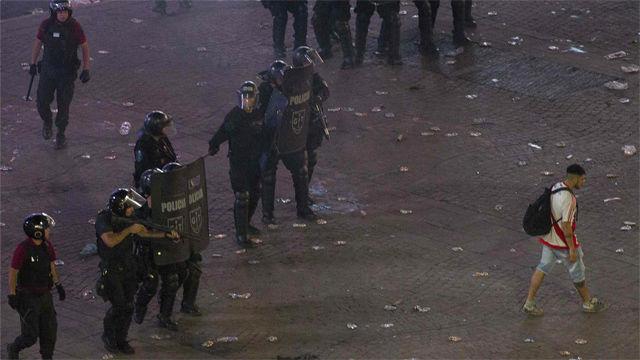 Incidentes violentos en la celebración de los aficionados del River en Buenos Aires