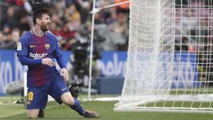 Leo Messi tras una acción durante el Barça-Celta de la Liga Santander 2017/18
