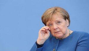 Merkel augura unos 20.000 contagios por coronavirus diarios en Navidad