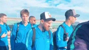 Messi viaja con el resto de la expedición del Barcelona