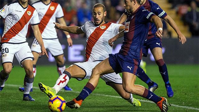 El Rayo logra tres puntos vitales ante el Eibar