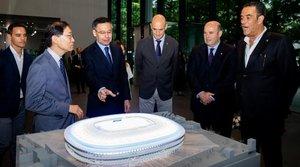 Una delegación del Barça visitó la sede de Nikken Sekkei
