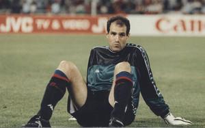 Zubizarreta puso fin a su etapa en el Barça tras la final de Atenas