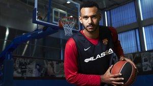 Adam Hanga suma en muchos conceptos para el Barça