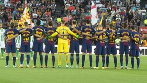 El Barça lució una camiseta conmemorativa en el primer partido de Liga
