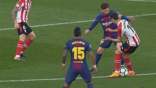 Courtois ya no se sentirá solo: Messi retrató a Sabin con otro caño antológico
