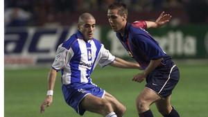 El día de su debut con el FC Barcelona en la temporada 2001/2002 contra el Deportivo La Coruña en Riazor