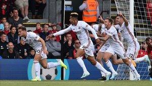 Los jugadores del Sheffield United celebran un gol contra el Bournemouth