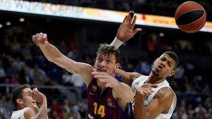 El Madrid se comió al Barça en intensidad y ganas
