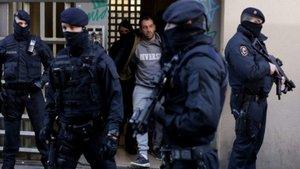 Mossos detienen a dos personas en una operación antiterrorista Barcelona