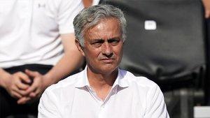 Mourinho podría ser la alternativa de Zidane en el Madrid