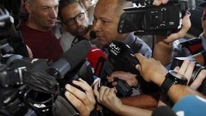 El padre de Neymar salió en defensa de su hijo