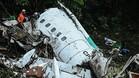 Restos del avión siniestrado en el que viajaba el Chapecoense