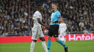 Vinicius en un lance del juego frente al Manchester City.