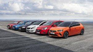 Una unidad de todas las generaciones del Opel Corsa.