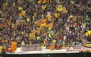 Afición del FC Barcelona en la final de Copa de 2009, contra el Athletic (1-4) en Mestalla