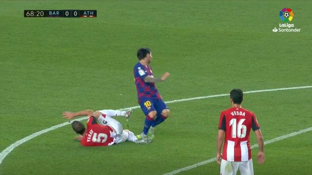 El Athletic reclamó roja en esta jugada de Messi con Yeray