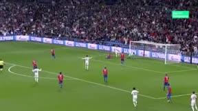 Benzema marcó y lideró el ataque del Madrid