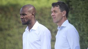 Éric Abidal y Ramón Planes, responsables de la secrteraía técnica del FC Barcelona