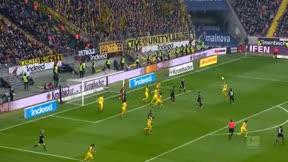El gol acrobático de Luka Jovic