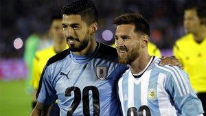 Luis Suárez y Leo Messi se volverán a ver caras en un choque de selecciones; la última vez fue en 2017