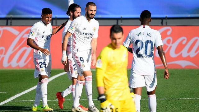 El Madrid vuelve a la senda del triunfo ante un débil Huesca