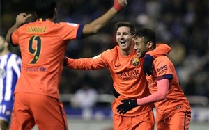 Messi, celebrando uno de sus goles en Riazor