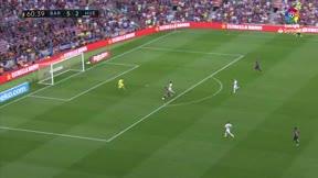 Messi completó su doblete tras un gran pase de Coutinho - LaLiga