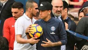 Neymar volvió a los entrenamientos del PSG