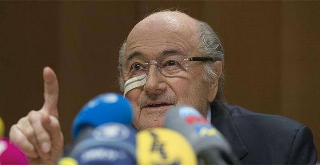 Ocho años de sanción para Blatter y Platini