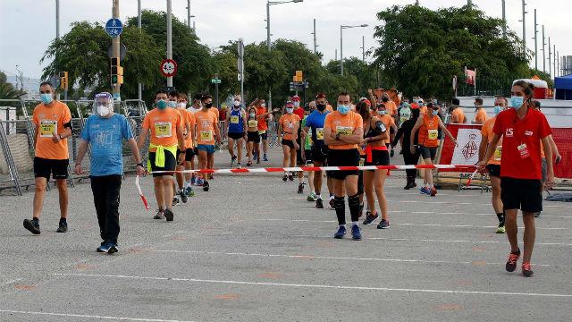 Tres mil corredores compiten contra la COVID-19 en la cursa de la Mercè de Barcelona