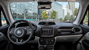 Interior del Jeep Renegade de 2020.
