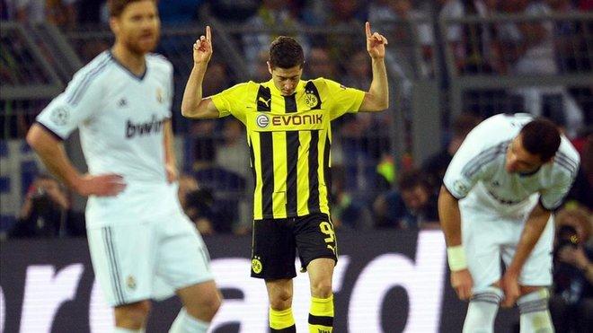 Sale a la luz el contrato que el Madrid le envió a Lewandowski en 2013